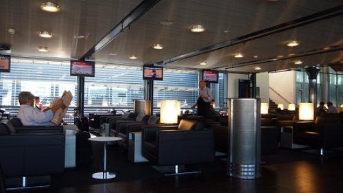 LX ZRH Busns Lounge Seats