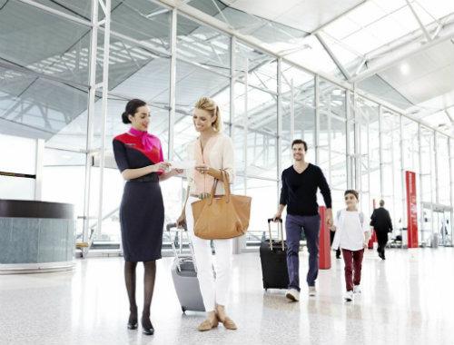 QF Uniformed Airport Staff OK