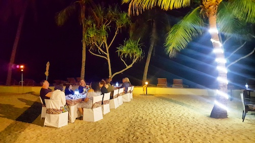 Tavu Bar & Grill, DoubleTree Resort Sonaisali Island, Fiji