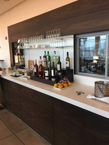 Beverage selection, SWISS Lounge JFK