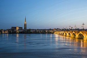 Scenic River Cruise - Beautiful Bordeaux