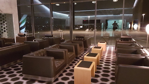 More seating options with in the qantas First Class Lounge.