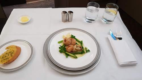 SQ Suites - Inflight Dining: Seared Scallops