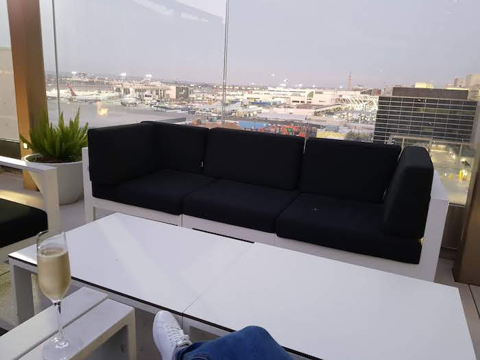 Star Alliance Lounge LA Outdoor Terrace